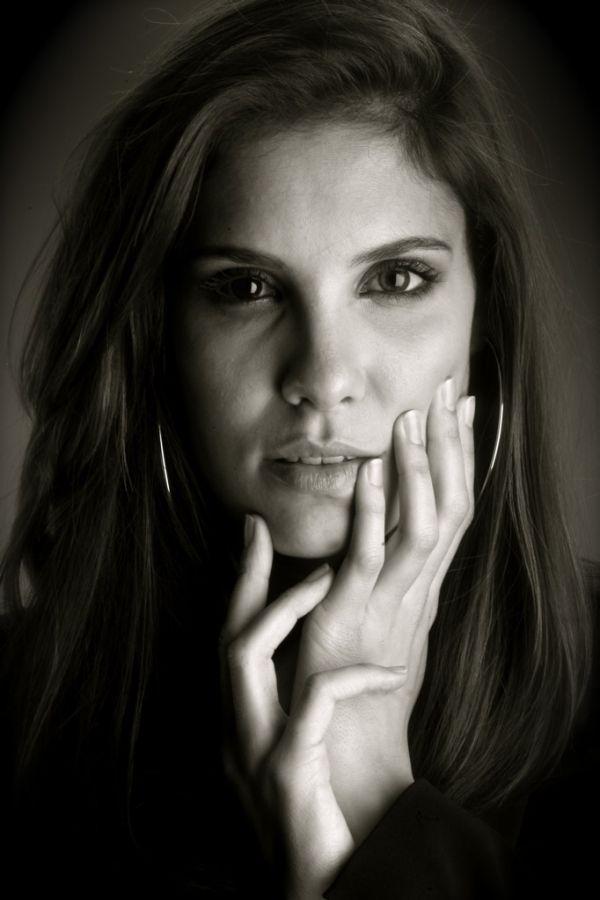 Daniela Ruah   ..rh