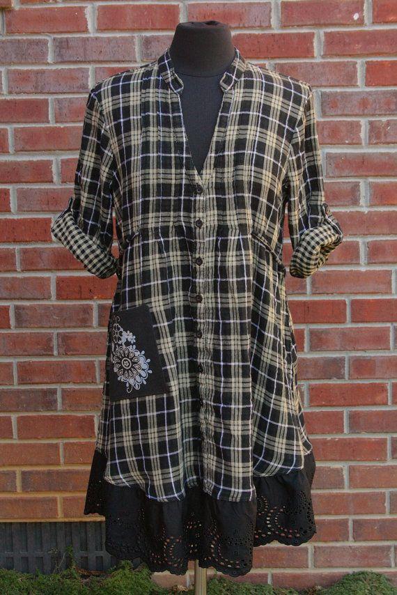 Tan, negro & metálico Plaid multi-Size franela y ojal vestido túnica - Upcycled                                                                                                                                                                                 Más