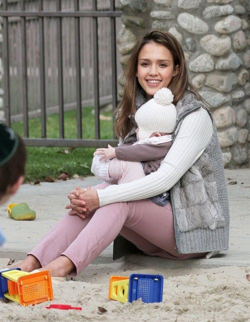 Jessica Alba Wore a Double Corset To Lose Baby Weight