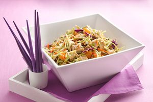 Scoopable Chinese Chicken Salad Recipe | Hungry Girl