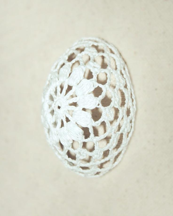 lace crochet easter egg
