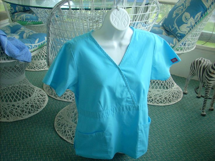 LIGHT GREEN DICKIE MEDICAL NURSING LADIES WOMENS HOSPITAL UNIFORM  V-NECK SIZE S #Dickies