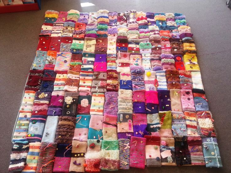 Lydney Library has 114 Twiddlemuffs to hand out during Dementia Awareness Week - brilliant idea!