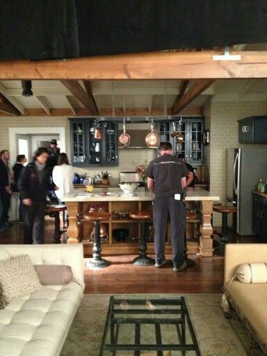 Spencer Hastings house living room and kitchen pll behind the scenes  Tile goes all the way up