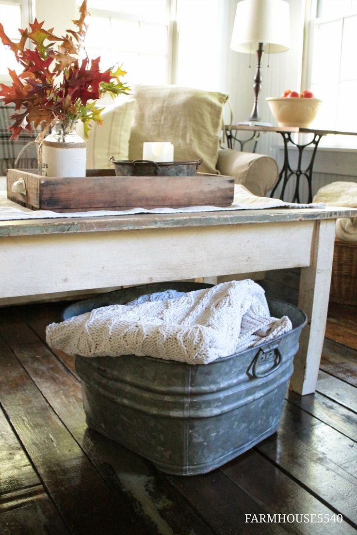 FARMHOUSE 5540: Autumn in the Family Room - love the cozy throw in the galvanized tub!