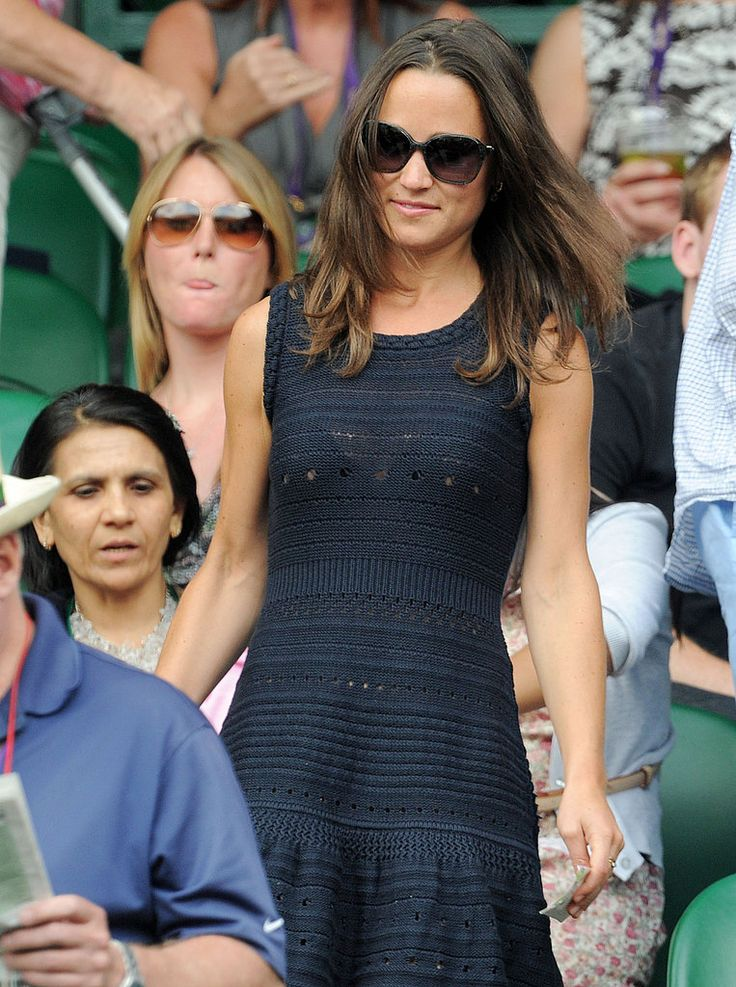Pippa Middleton Hits Wimbledon Again, but Alex Loudon Sits the Match Out: Pippa Middleton and boyfriend Alex Loudon checked out the action at Wimbledon earlier this week, but today she was solo to watch the semifinal match between Jo-Wilfried Tsonga and Novak Djokovic.