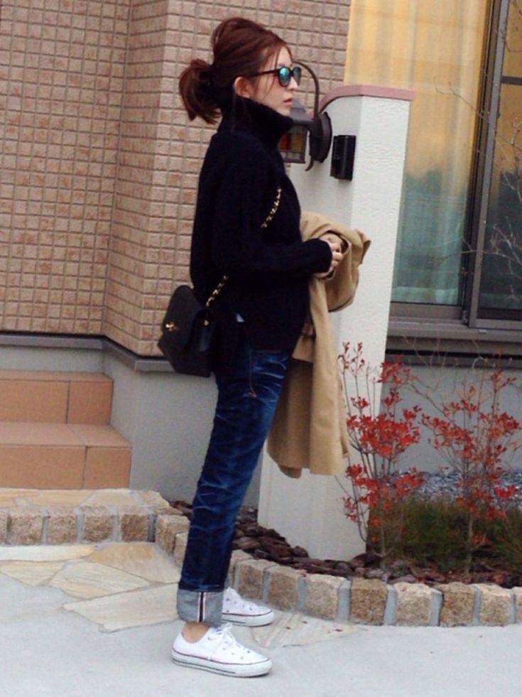CONVERSEのスニーカーを使ったmayumiさんのコーディネートです。│デニムお勉強中。。。いつもブーツイ...