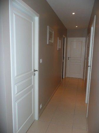 Les 25 meilleures id es de la cat gorie paliers de porte sur pinterest tiquettes de porte de - Peindre zoon couloir ...