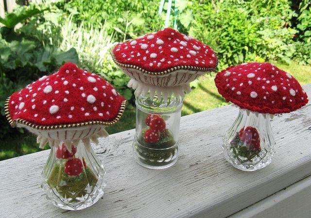 Mushroom Terrariums--I must make these for Baby Girl's room!