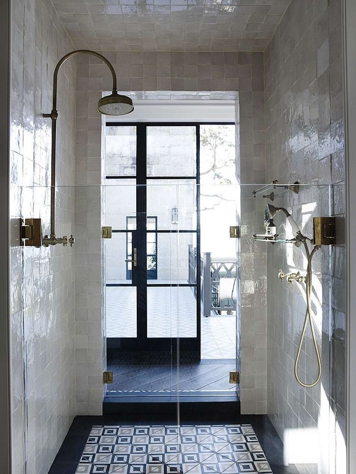 walk-through shower. amazingness.
