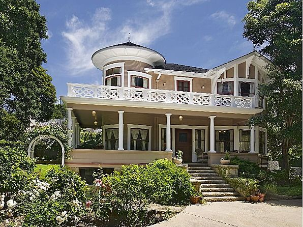 The ghost & ms. muir tv show home... love it the gull cottage in Santa Barbara CA.... love it.
