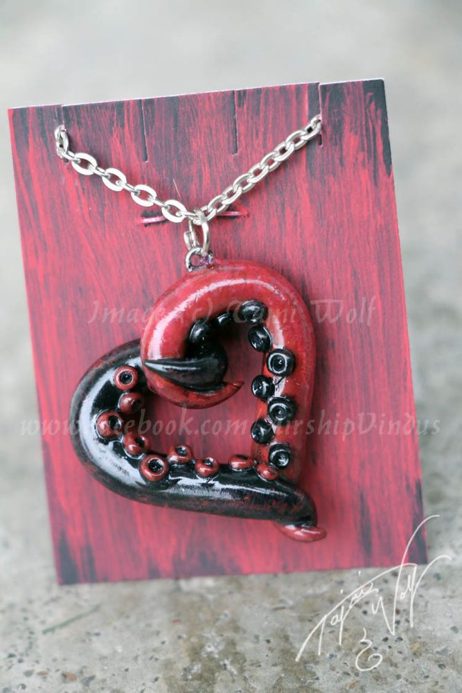 Red Black Handmade Clay Tentacle Heart Necklace Lovecraft Cthulhu Gothic horror #Handmade #Pendant