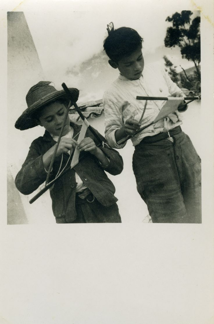 DE LA SERIE JUEGOS POPULARES CALLEJEROS  Luis Benito Ramos  FECHA DE CREACIÓN 1936