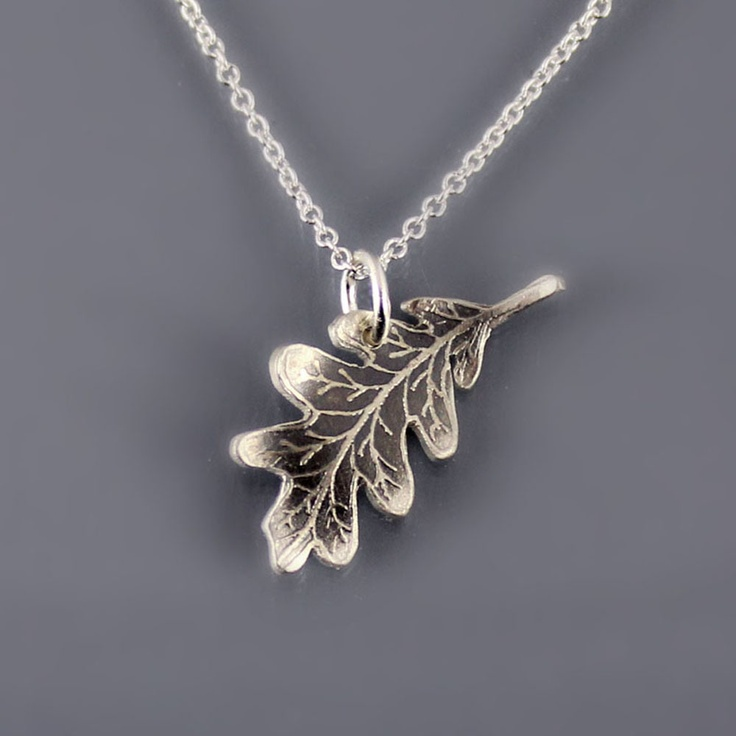 Silver Oak Leaf Necklace by Lisa Hopkins Design: Leafi Necklaces, Oak Leaf, Oak Leaves, Ranger S Apprentice Oakleaf, During Leaf, Ranger'S Apprentice, Ranger Silver, Leaf Necklaces, Ranger Apprentice