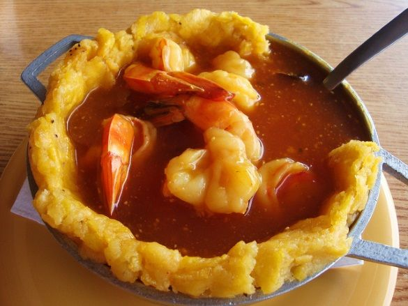 Puerto Rican mofongo with shrimp, made with green plantains (Photo credit: Ron Perkins, Creative Commons 2.0, Flickr)