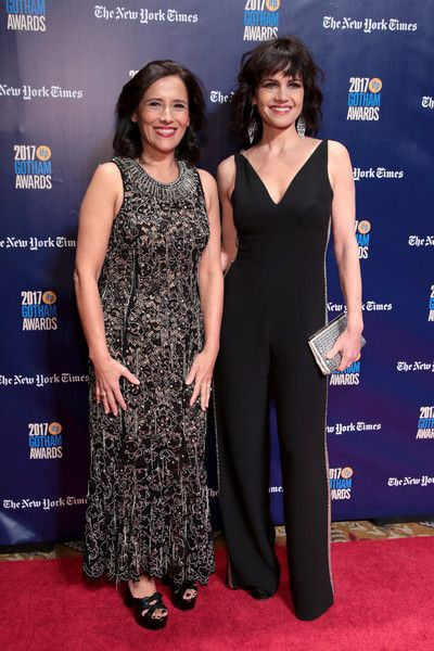 Carla Gugino Photos - Executive director of IFP Joana Vincente and Carla Gugino attend IFP's 27th Annual Gotham Independent Film Awards on November 27, 2017 in New York City. - IFP's 27th Annual Gotham Independent Film Awards - Red Carpet