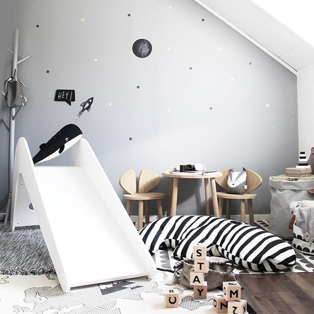 S T A Y ❕HereChill with that big n cosy zebra friend◻️◼️ And dream. About a simple space adventure To the moon and back. ➖➖➖➖➖➖➖➖➖➖ #stickstay #stickers #wallstickers #barnrum #kidsroom #barnrumsinredning #kidsdecor  #finabarnsaker #kidsinterior #kidsdesign #greywall #barneroom #inspirationforpojkar #kidsinspo #kidsdeco #nordsjöfärg #kidsperation #slide #jupiduu #donebydeer #tothemoon #stay #playroom