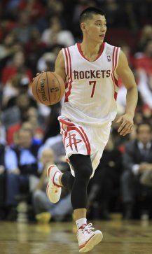 Jeremy Lin está na sua segunda passagem com os Rockets.  Aqui está um olhar para trás em sua jornada NBA.