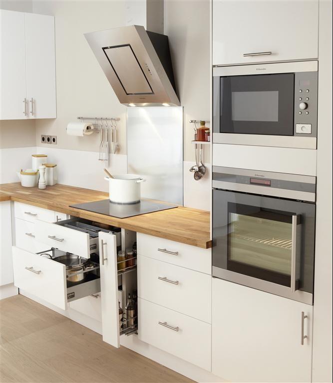 Envie d'une cuisine aussi propre ? C'est possible grâce à BIO BLANK CUISINE.