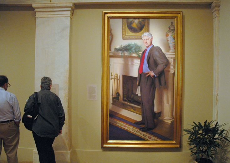 Bahahahaha -- Is there a veiled allusion to Monica Lewinsky in the portrait of Bill Clinton on display in the National Portrait Gallery?  http://hyperallergic.com/187337/monica-lewinsky-casts-a-shadow-on-bill-clintons-presidential-portrait/
