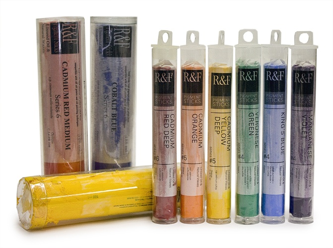 R & F Pigment Sticks. An oil paint that can be used like an oil pastel that applies as smoothly as a lipstick! #oil #pigment #stick #artsupplies