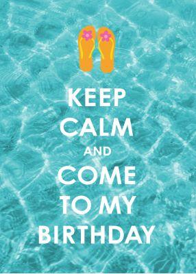 Witzige Einladung zur Geburtstagsparty in Keep-Calm-Look mit Flip-Flops auf blauem Wasser.