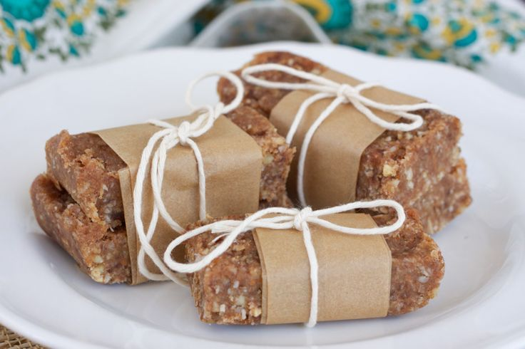 Homemade Nut Bars  #RubiesandRadishes