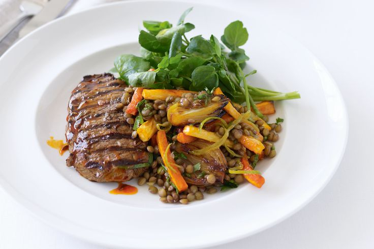 Spiced lamb steaks with vegetables