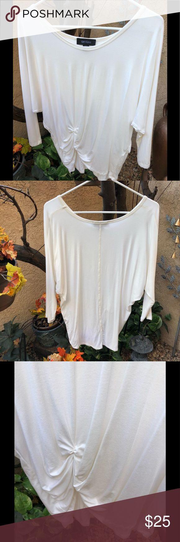 🎃New🎃Cute style, Karen Kane knit top! Sz sm🌹 Cream color, Karen Kane, three-quarter sleeve knit top. Gathering at right hip, raglan sleeve! Great condition👻 Karen Kane Tops