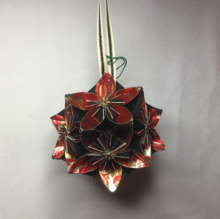 KO24 Red/gold foil inner petal...11cm sq.