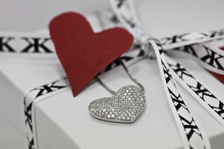 What would you like to receive for Valentine's Day? Diamond heart pendant by Kalfin jewellery #kalfinjewellery #diamond #diamondrings #diamondpendant #custommade #rings #pendant #diamondjewellery #jewelleryrepairs #love #detail #design #fashion #picoftheday #followme #bestphoto #heart #red #lovely #kalfinjewellery #Melbourne #collinsst #amazing #cool #engagementrings #repairs #happy #giftidea#like #present #daily #bride #jewellers #fashionbloggers #stylebloggers #valentinesday #couture…