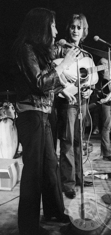 John Lennon & Yoko Ono, Perform At The John Sinclair Freedom Rally, Ann Arbor Michigan, December 10th,1971
