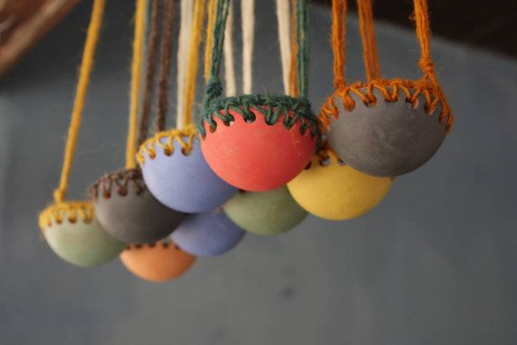 Ciotolina sospesa in ceramica e lana. Ideale per di NidaCeramiche