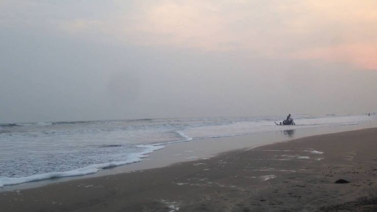 Perupalem Beach is located on the coast of Bay of Bengal, in West Godavari district of the Indian state of Andhra Pradesh. The beach is being developed for tourism by the state tourism board, APTDC. #PerupalemBeach #beach #touristplace #scenary