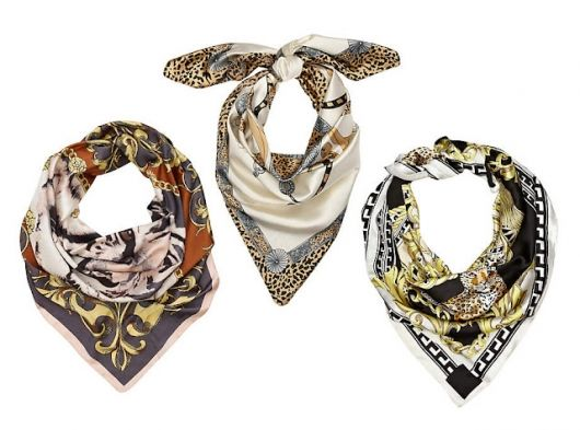Wear them on your neck or fold them and use them as a headband!