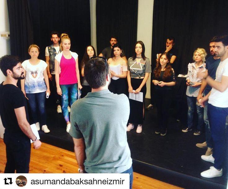 #Repost @asumandabaksahneizmir (@get_repost) ・・・ Buca ve Çeşme'de ,Asuman Dabak Sahne İzmir oyunculuk okulu ,yaz boyunca eğitimine devam ediyor.#oyunculuk #oyunculukkursu #oyunculukajansı #drama #diksiyon #bedendili #sesvekulakeğitimi  #ses #şan #sanat #dramaturji #çocuk #çocukeğitimi #çocukgelişimi #gençlik #gençliksınıfı #yetiskinegitimi @asumandabak @asumandabakoyunculukatolyesi @asumandabaksahneizmir #asumandabak #sinembalik #kardenkasaplar #serkankunter…