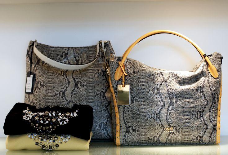 Evolution boutique - borse Cavalli Class #evolutionboutique #shop #Cavalliclass #animalier #print #eccellenza #moda #Puglia #fashionpuglia #weareinpuglia #shopevolution #borsapelle #felpe #Twinset #multicolor #swarovsky #tracolla #shoulderbag #borsedonna #evolutionpolignano #pattern #newcollection #pe2015 #ss15 #glamour #style #newcollection #instacool #instafashion #instapuglia #shopping #igersbari #igerspuglia #igs #pitone #accessori #donna #modadonna #giallo #yellow #borsadonna…