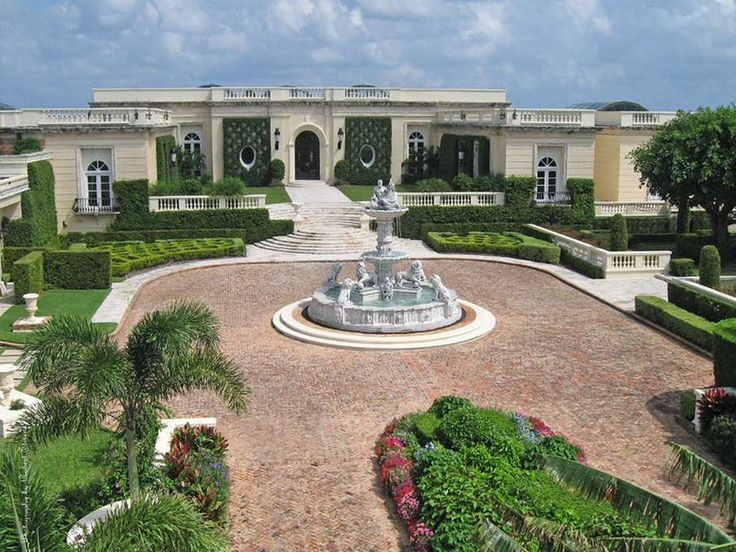 Donald Trump snapped up the mansion at 515 N. County Road in 2004 at a foreclosure auction for $41.4 million. He then renovated the property before selling it to Dmitry Rybolovlev in July 2008. Photo courtesy of RobertStevens.com.