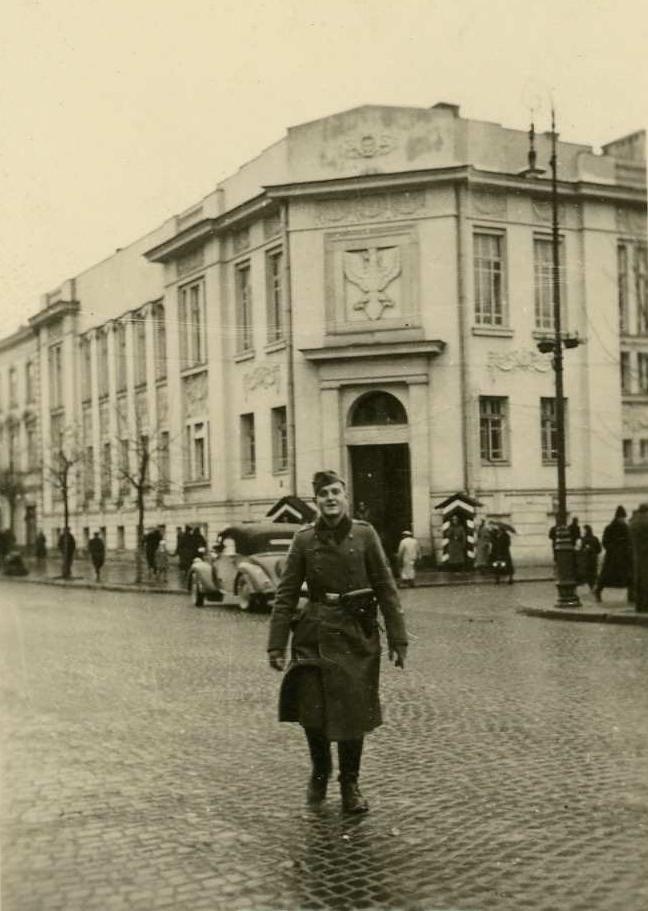 Lublin, Krakowskie Przedmieście a w tle budynek banku i wlot ulicy 3-go Maja.