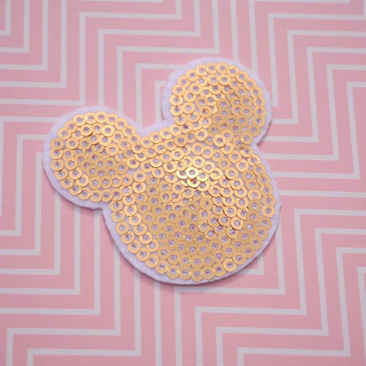 #Patch #Mickey Mouse - Patch #Disney - #Applique à #paillettes dorées - #Tissu Disney - Tête de Mickey - #Ecusson Disney par #PicEtPatchEtColegram sur #Etsy https://www.etsy.com/fr/listing/544835793/patch-mickey-mouse-patch-disney-applique