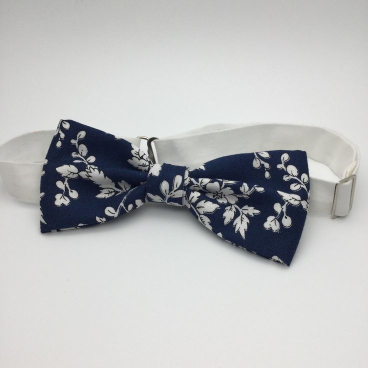 The  Best Bow Tie Groom Ideas On   Bow Tie Collar
