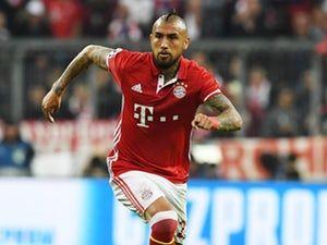 Chelsea 'bid £32.7m for Bayern Munich midfielder Arturo Vidal'