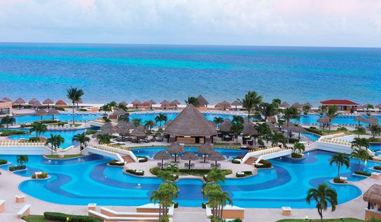 Moon Palace Resort Cancun- 16 restaurants, 16 bars, 6 jacuzzis, 2 oversized pools, 6 swim-up bars- this is a large resort with lots of options for everyone!