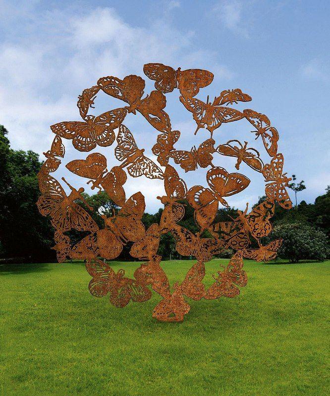 """Midnight Dance"" sculpture, Singapore Botanic Garden"