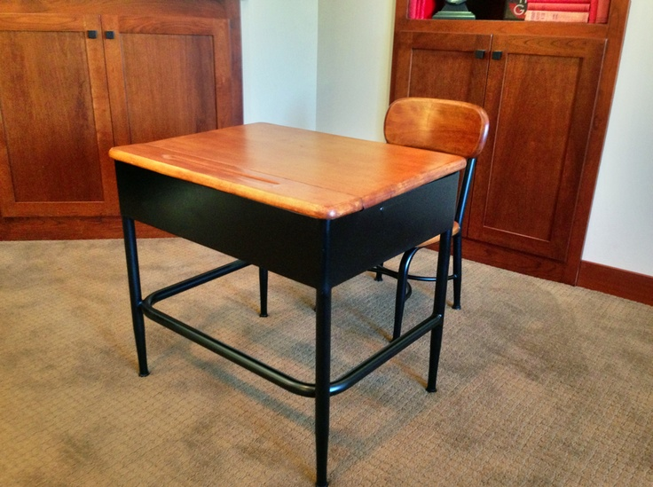 Refinished Heywood Wakefield Student's Desk.