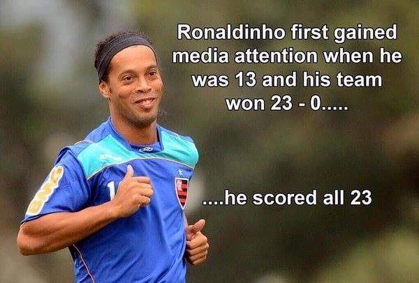 Pierwszy raz zainteresowały się nim media kiedy miał 13 lat • Ronaldinho Gaucho strzelił 23 gole w jednym meczu • Wejdź i zobacz >> #ronaldinho #football #soccer #sports #pilkanozna