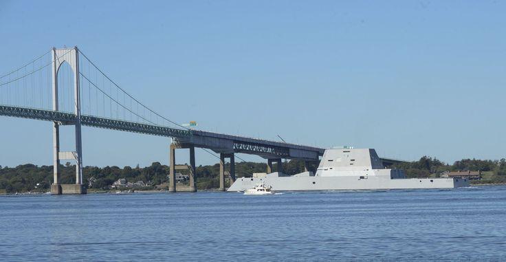 Just 11 Badass Pictures of the USS Zumwalt