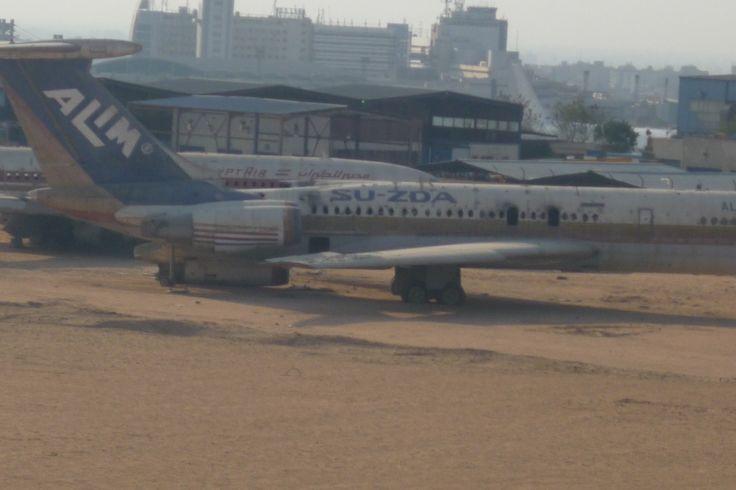 Alim Airlines Ilyushin IL-62, SU-ZDA, abandoned at Cairo Airport, 25 March 2009