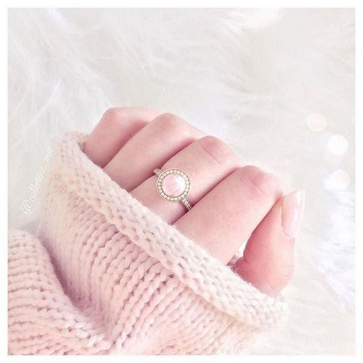 From thomassabo - This ring symbolizes everlasting love. It tells someone that you love them forever. #linkinbio #infinity #rose #cute #love #neverending #everlasting