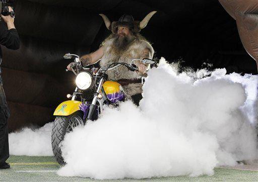 "Minnesota Vikings: ""Ragnar"" es la única mascota oficial en la Con..."